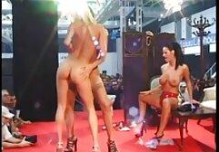 情熱的な瞬間のシャワ セックス 女の子 動画